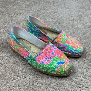 Lilly Pulitzer lovers coral espadrilles sz 8